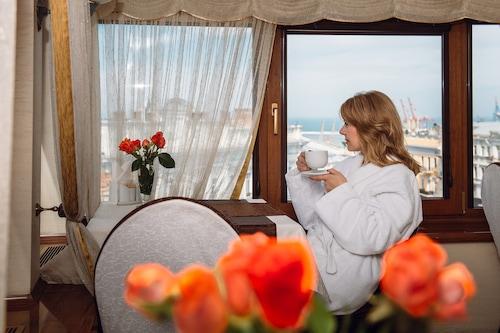 葉卡捷琳娜二世酒店/