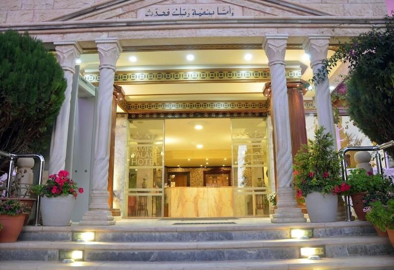 Amra Palace International Hotel, Ваді-Муса, Фасад готелю