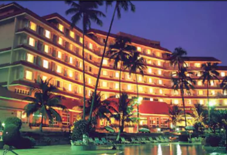 The Retreat Hotel & Convention Centre, Mumbai