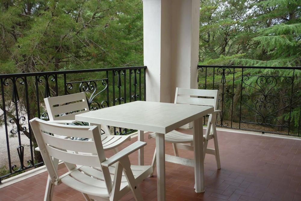 Studio for Three People - Balcony