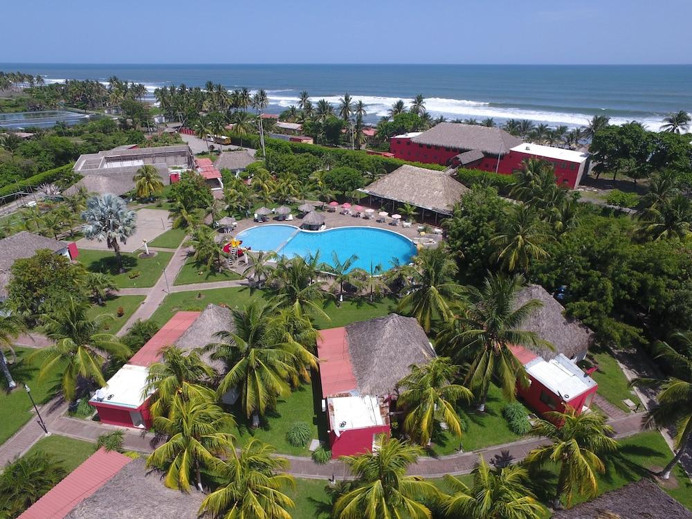 Hotel las hojas resort beach club playa las hojas el - Hotel las gaunas en logrono ...