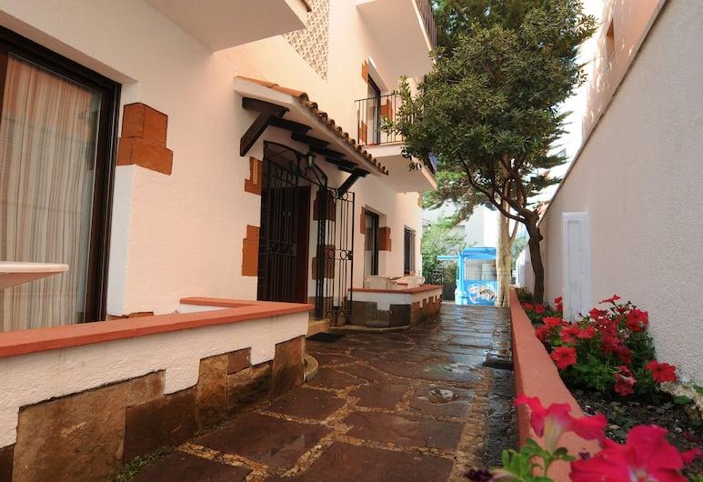 Apartaments AR Caribe, Lloret de Mar, Terasa