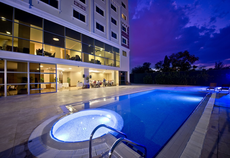 North Point Hotel, Denizli, Piscina al aire libre