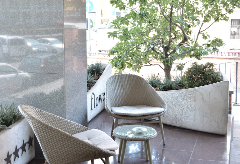 Hotel Sunflower, Mediolan, Ogród
