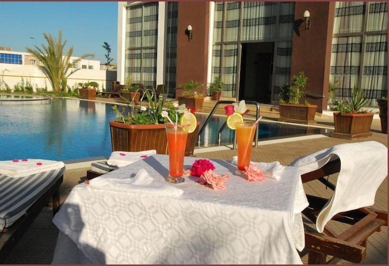 Appart Hotel Founty Beach, Agadir, Refeições no exterior
