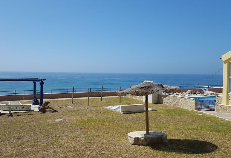 Hotel Praia Azul, Torres Vedras, Κήπος