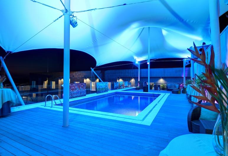 精品開放式公寓飯店, 聖塔安娜, 室外游泳池