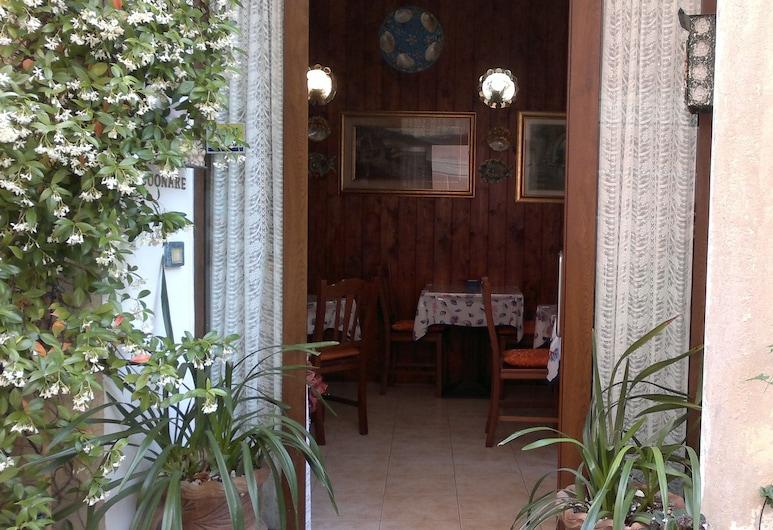 Affittacamere Rosa dei Venti, Levanto, Είσοδος ξενοδοχείου