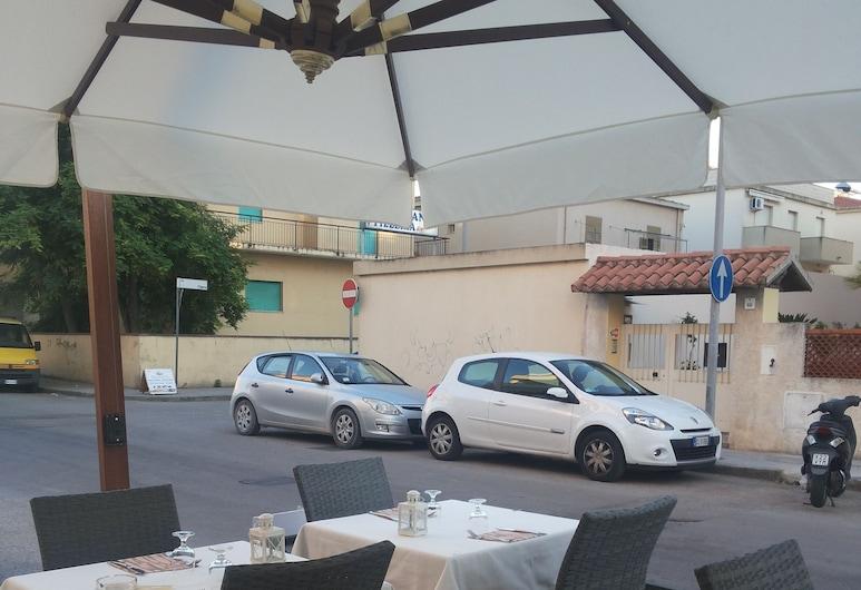 Residence Europa, Alghero, Ruokailutilat ulkona