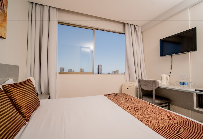 Hotel Iquique Express, Iquique, Double Room, 1 Double Bed, Private Bathroom, Guest Room