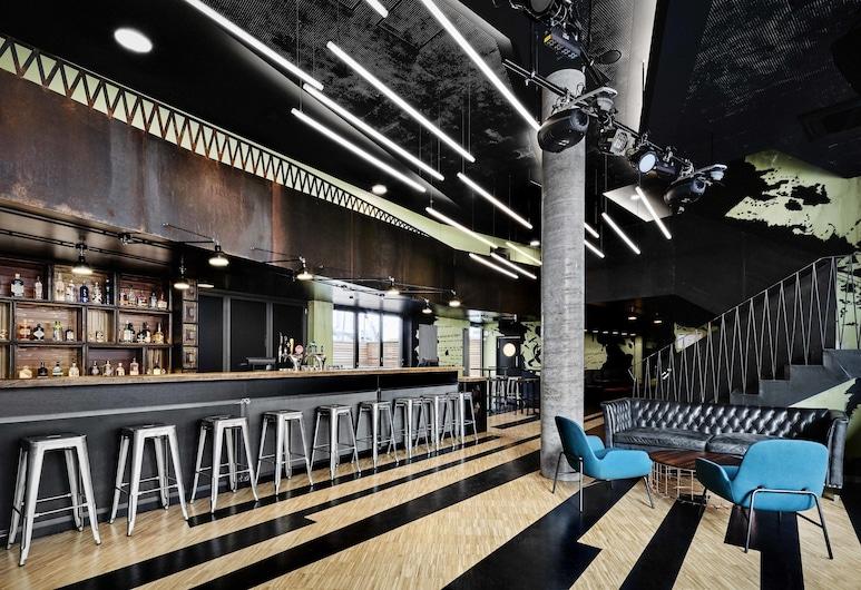 漢堡發電機飯店, 漢堡, 飯店內酒吧