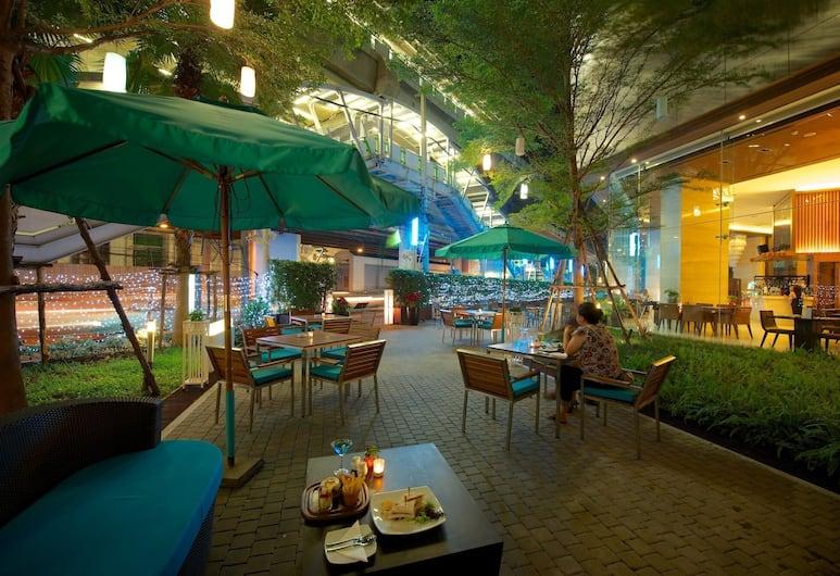 Jasmine Resort Hotel, Bangkok, Kültéri étkezés