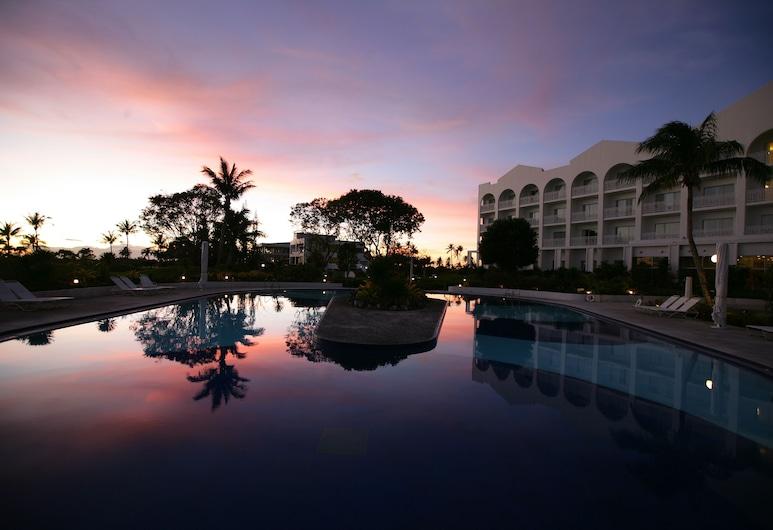 스타츠 괌 리조트 호텔, 데데도, 야외 수영장