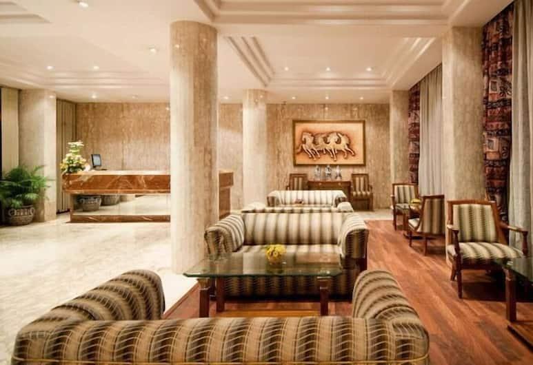 Regent Hotel Andheri, Mumbai, Priestory na sedenie v hale