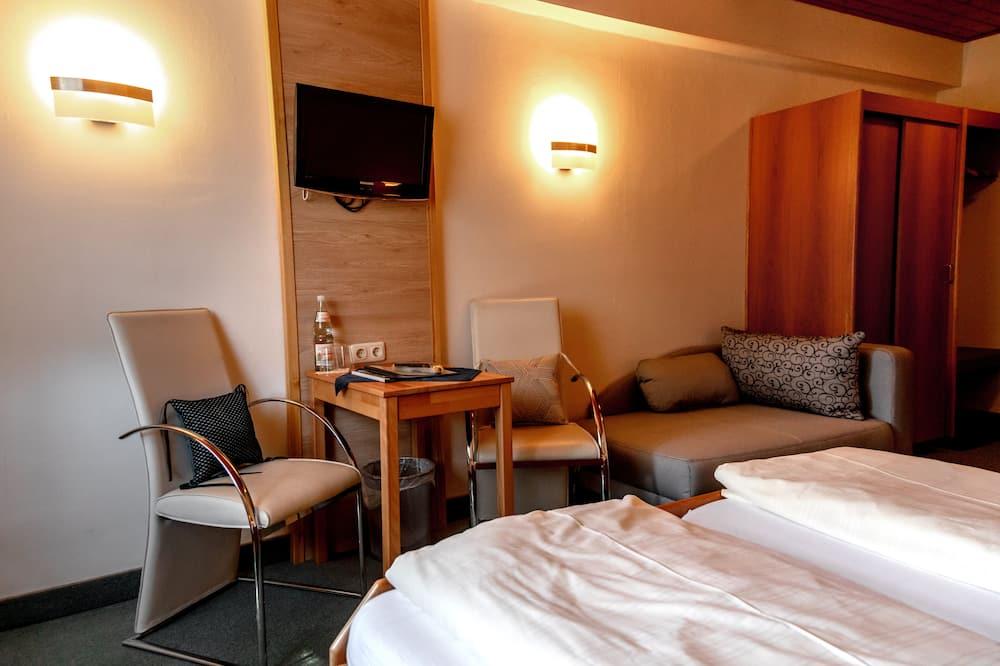 Classic-Doppelzimmer, mit Bad - Wohnbereich
