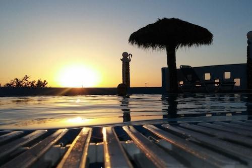 蜜月海灘開放式公寓飯店/