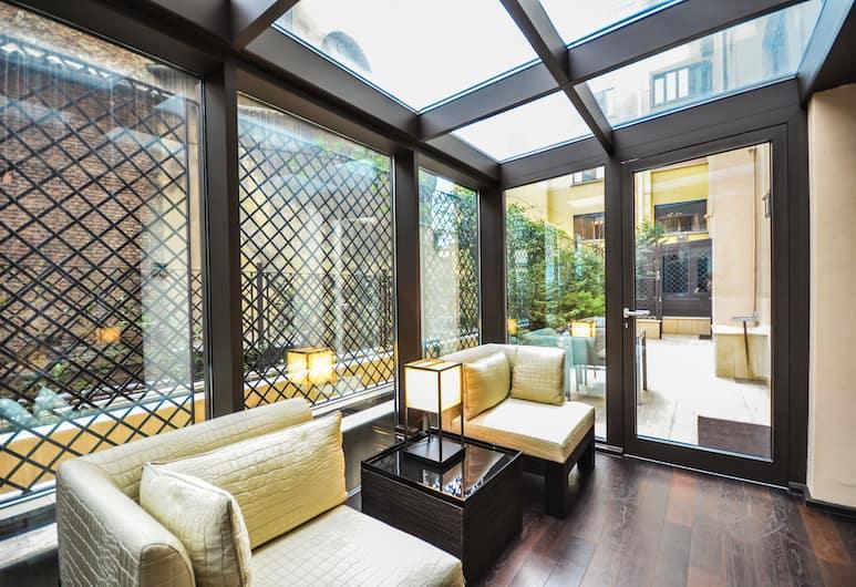 Allegroitalia San Pietro All'Orto 6 Luxury Apartments, Milan, Suite, area taman (Armani), Kamar