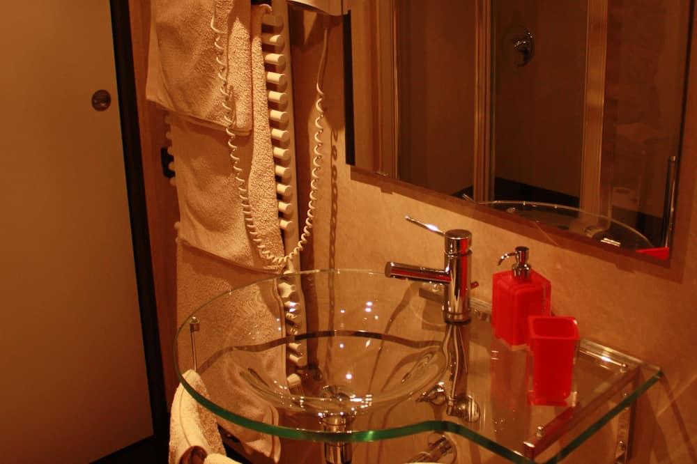 デラックス ロフト 1 ベッドルーム 1 階 - バスルーム