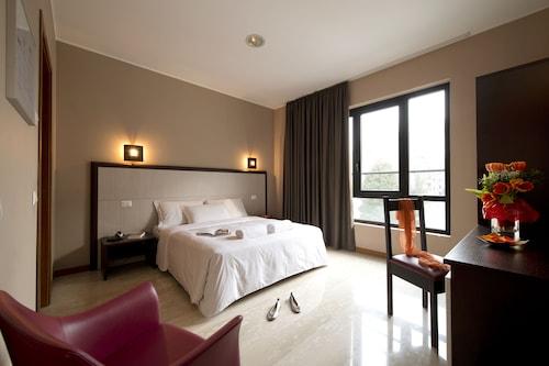 奧斯鄉村酒店/