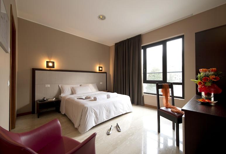 Oasi Village Hotel, Milano, Executive-rom, Gjesterom