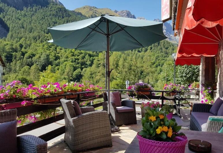 Etoile de Neige, Valtournenche, Terraza o patio