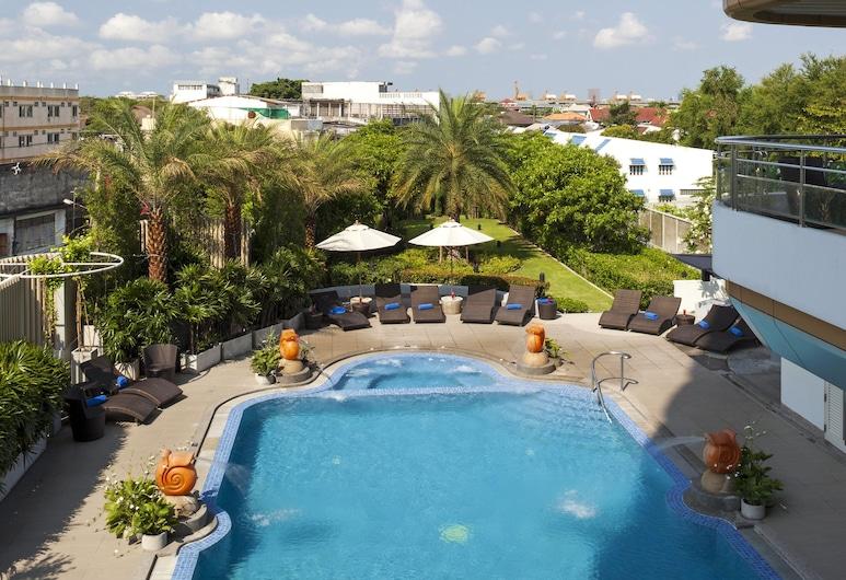 Viva Garden Serviced Residence, バンコク, 屋外プール