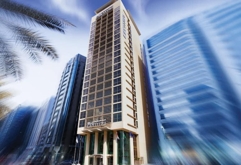 Centro Al Manhal, Abu Dhabi, Utvendig