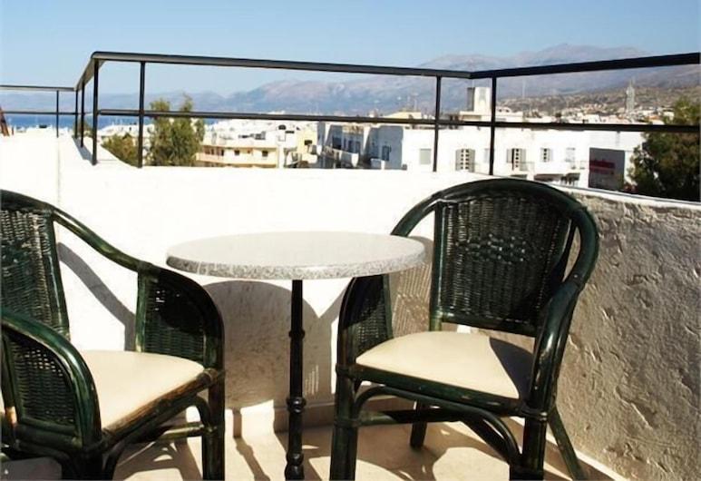 Haris Apartments, Hersonissos, Balcony