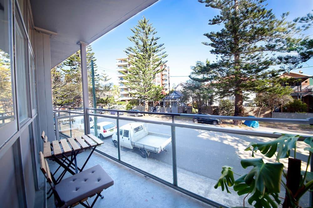 Suite Deluxe, 1 grand lit, balcon, vue partielle sur l'océan - Balcon