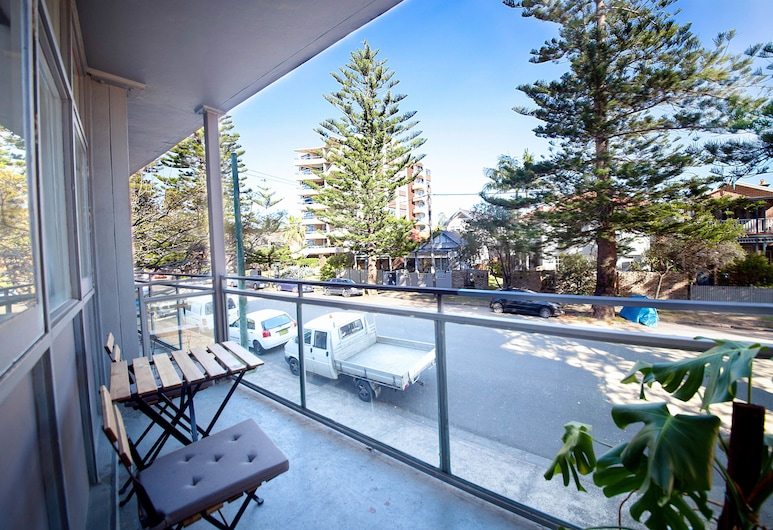 Manly Waves Hotel, Manly, Queen Double Room with Balcony, Balcony