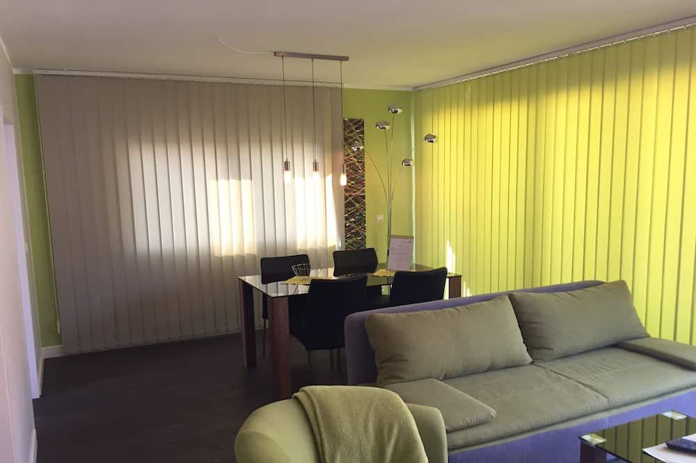 Elegance Suite - Living Area