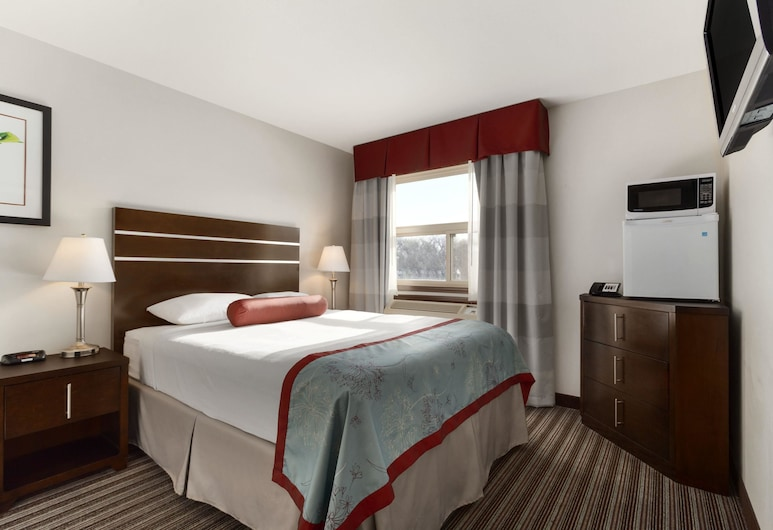 Super 8 by Wyndham Saskatoon Near Downtown, Saskatoon
