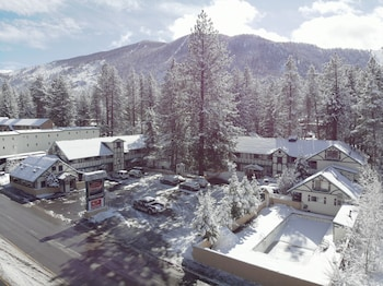 Picture of Econo Lodge Inn & Suites in South Lake Tahoe