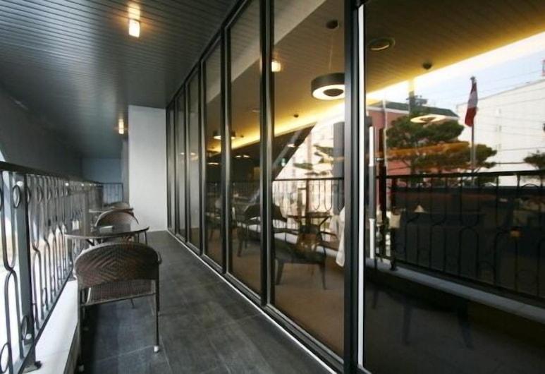 Oscar Suite Hotel, Γκουνσάν, Αίθριο/βεράντα