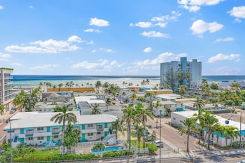 Picture of Hollywood Beachside Boutique Suites in Hollywood