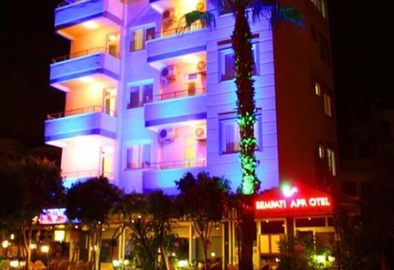 Sempati Apart Hotel, Alanya, Fachada (noche)