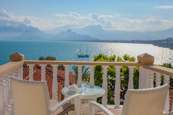 Picture of Bacchus Pension in Antalya