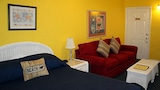 Choose this Motel in Clearwater Beach - Online Room Reservations