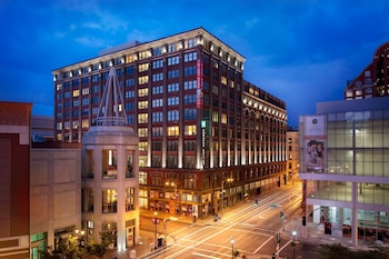 Picture of Embassy Suites by Hilton St. Louis Downtown in St. Louis