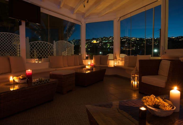 Milos Villas Hotel, Santorini, Lobby Lounge