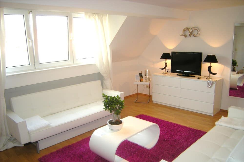 Basic-Penthouse, 1 Doppelbett, Terrasse - Wohnbereich