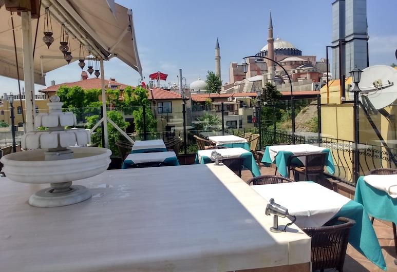 Alaturka Elegance, Istanbul