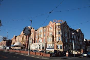 Blackpool bölgesindeki The Cliffs Hotel Blackpool resmi