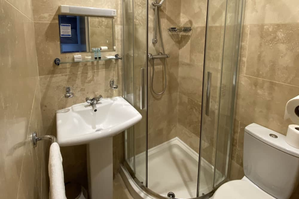 izba štandardu Superior, Jedno dvojlôžko - Kúpeľňa