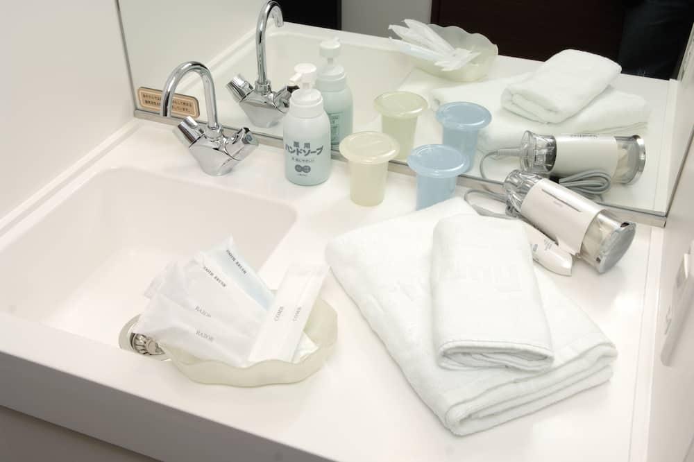 Kahden hengen huone (Moderate - 20㎡, No Cleaning Service) - Kylpyhuoneen mukavuudet