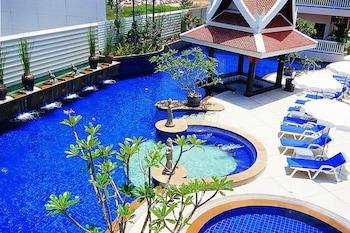 Hotell med pool i Karon