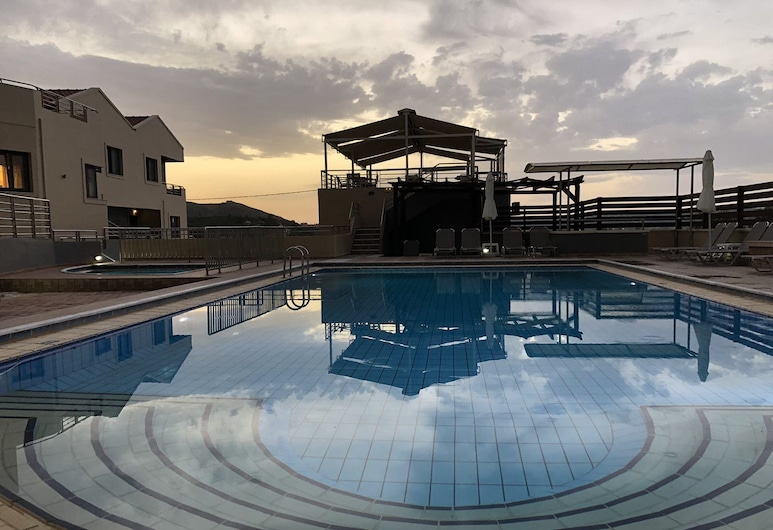 Sunrise Suites, Apokoronas, Outdoor Pool