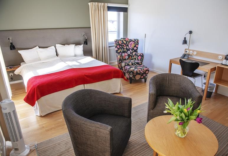 Hotel Bishops Arms Strängnäs, Strengnesas, Kambarys (1 dvigulė / 2 viengulės lovos) šeimai, Svetainės zona