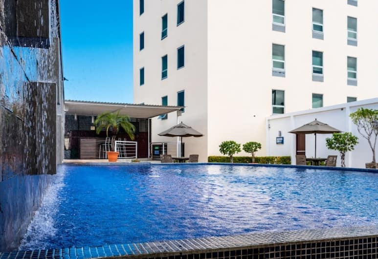 Hotel Hex, Managua, Pool