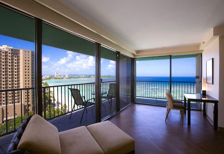 Guam Reef Hotel, Tamuning, King Room Ocean Front (Infinity Tower) , Guest Room